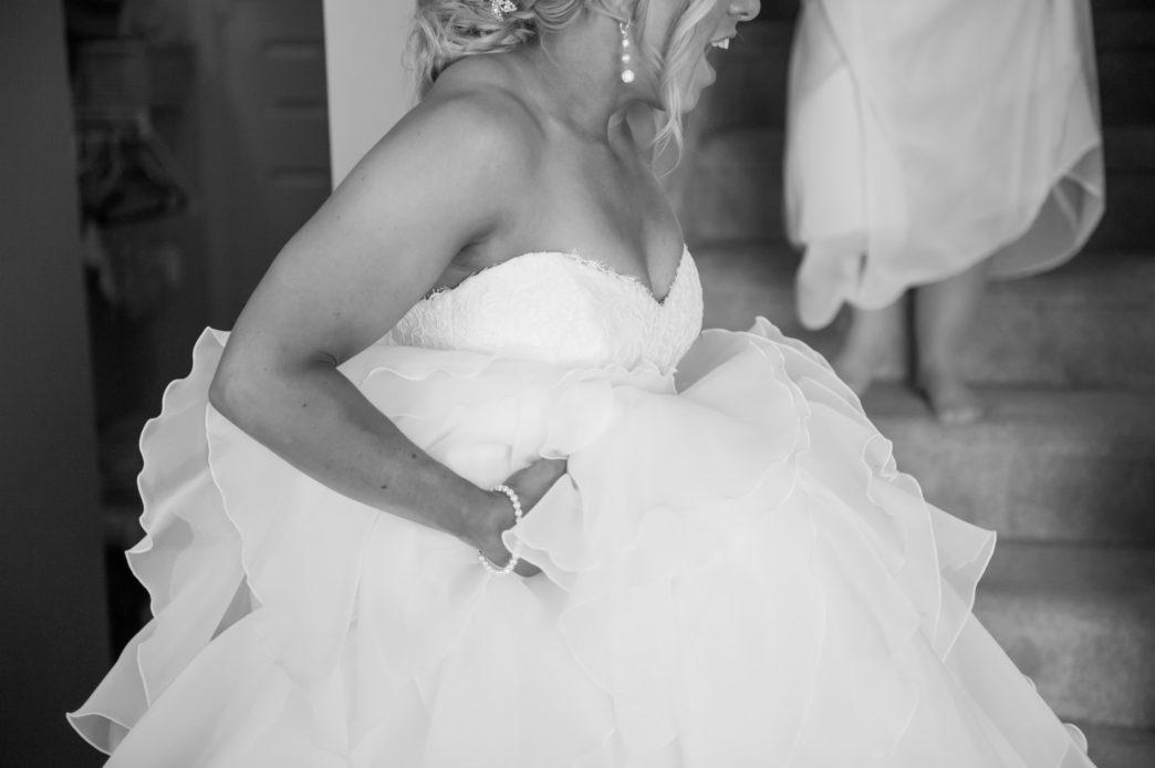 jackie-stephen-fort-edmonton-park-wedding-rhiannon-sarah-photography-19