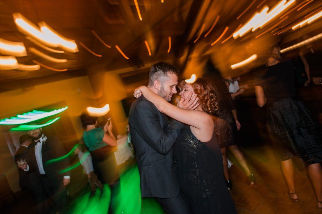 christina-edward-silvertip-resort-canmore-wedding-rhiannon-sarah-photography-131