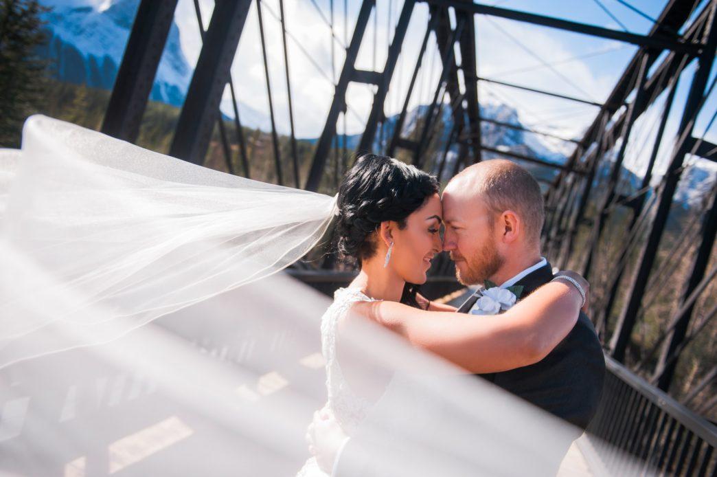 christina-edward-silvertip-resort-canmore-wedding-rhiannon-sarah-photography-47