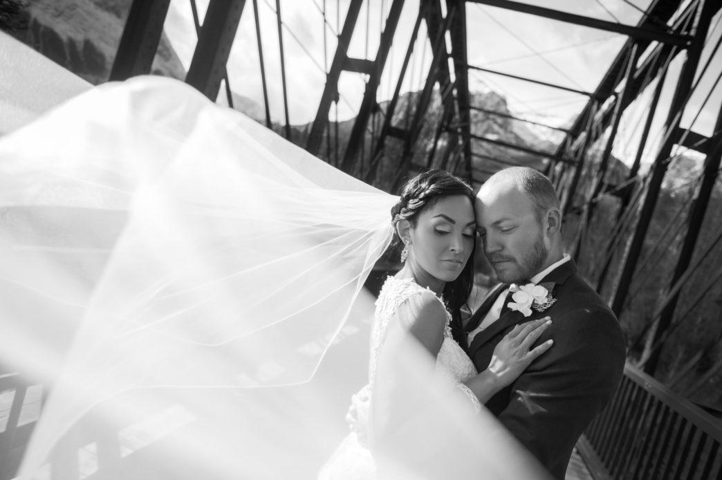 christina-edward-silvertip-resort-canmore-wedding-rhiannon-sarah-photography-48