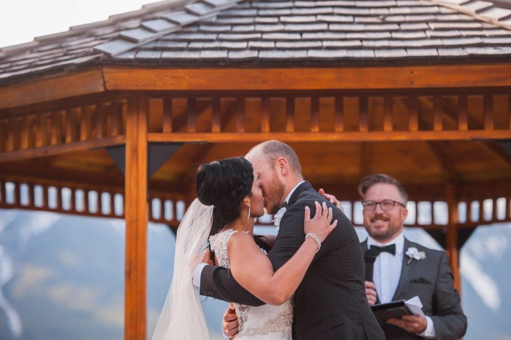 christina-edward-silvertip-resort-canmore-wedding-rhiannon-sarah-photography-93