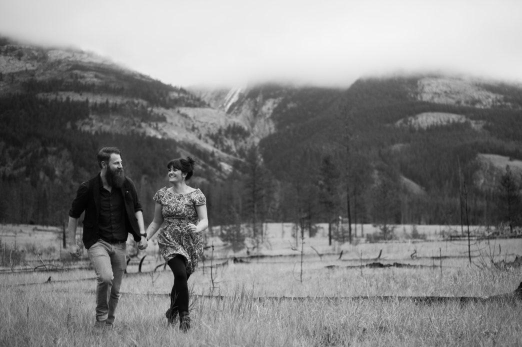 jess-tye-jasper-shoot-edmonton-wedding-photographer-rhiannon-sarah-photography 25